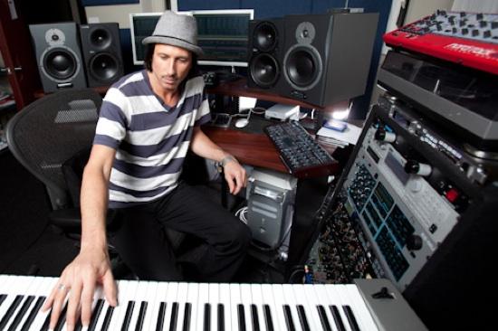Miguel Migs In Studio