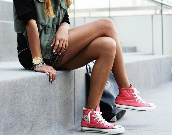 converse-sneakers-chuck-taylor-2